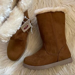 Cat & Jack Girls Boots Sz 13